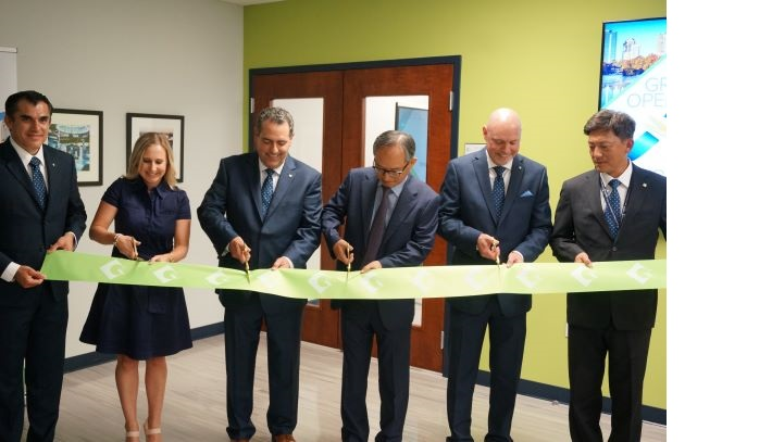 Ribbon_cutting.jpg